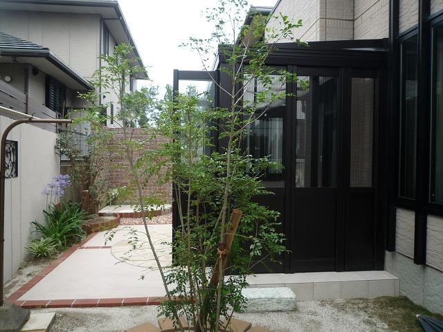 暖蘭物語 ガーデンルーム 黒