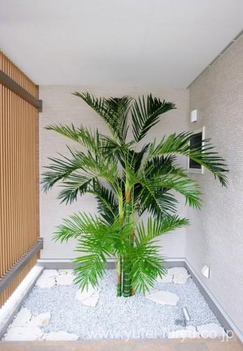 リゾート新築外構 人工植物