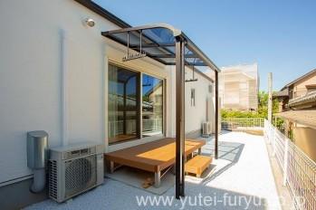 樹脂デッキと屋根テラス
