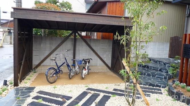 おしゃれな自転車置き場