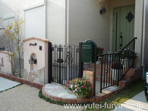 トラディシオン門扉とトラディシオンフェンス