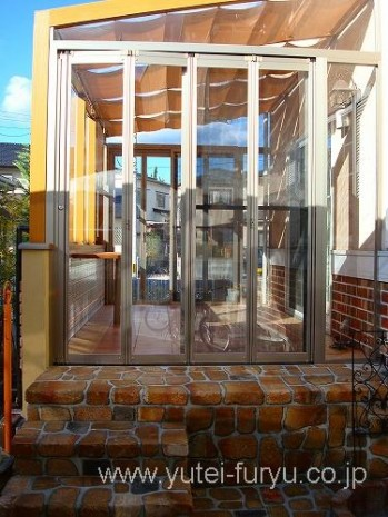 ガーデンルームココマ 折戸