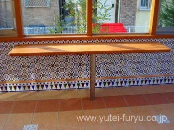 ガーデンルームココマオプションのテーブル
