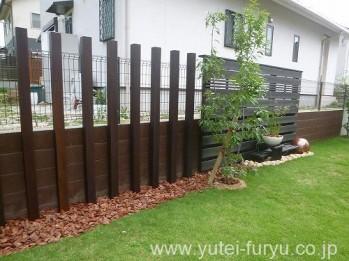 木製フェンス+角材