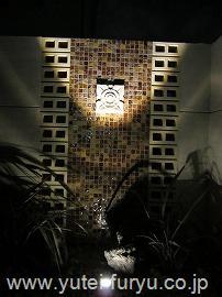 アジアンリゾート風の壁